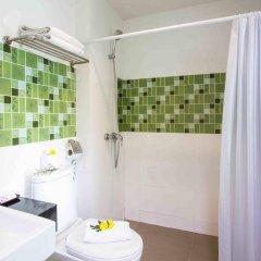 Отель Baan Karon Resort ванная фото 2