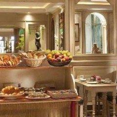 Отель Hôtel Au Manoir St-Germain des Prés питание фото 2