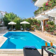 Korsan Apartments Турция, Калкан - отзывы, цены и фото номеров - забронировать отель Korsan Apartments онлайн бассейн фото 3