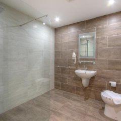 Отель Cerviola Hotel Мальта, Марсаскала - отзывы, цены и фото номеров - забронировать отель Cerviola Hotel онлайн ванная фото 2