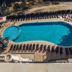 Avenue Deluxe Hotel бассейн