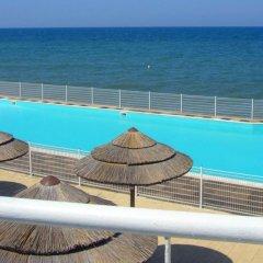 Baia Sangiorgio Hotel Resort Бари бассейн