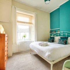 Отель Light 2-bed West End Apt Overlooking Kelvingrove Museum Глазго комната для гостей фото 5