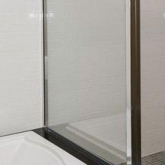 Отель Holiday Inn Express & Suites Columbus-Easton ванная фото 2
