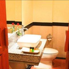 Отель Honey Resort, Kata Beach Таиланд, Пхукет - 1 отзыв об отеле, цены и фото номеров - забронировать отель Honey Resort, Kata Beach онлайн ванная