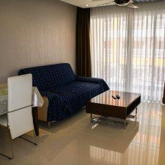 Отель Sunset Boulevard 2 Паттайя комната для гостей фото 3