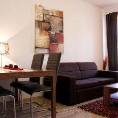 Апартаменты Checkvienna – Apartment Huetteldorfer Strasse Вена комната для гостей фото 2