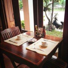 Отель Pangkham Lodge питание фото 3