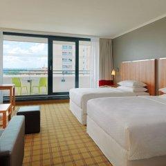 Отель Four Points By Sheraton Central Мюнхен комната для гостей фото 5