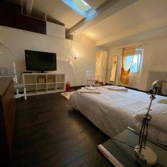 Отель Amazing Rooms In Luxury Mansion Италия, Флоренция - отзывы, цены и фото номеров - забронировать отель Amazing Rooms In Luxury Mansion онлайн комната для гостей