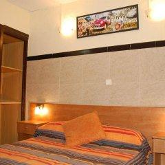 Отель Pensión 45 Испания, Барселона - отзывы, цены и фото номеров - забронировать отель Pensión 45 онлайн комната для гостей фото 5