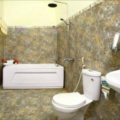 Отель Strawberry Garden Homestay ванная