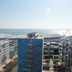 Отель Duplex Apartment - 4 Bedrooms & Garage Португалия, Лиссабон - отзывы, цены и фото номеров - забронировать отель Duplex Apartment - 4 Bedrooms & Garage онлайн балкон