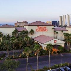 Отель Tuscany Suites & Casino парковка