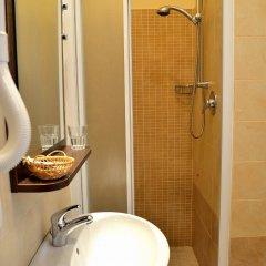 Отель ALIBI Римини ванная