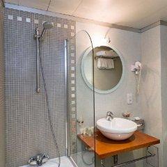Отель Best Western Hôtel Mercedes Arc de Triomphe ванная