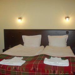 Отель Family Hotel Medven - 1 Болгария, Сливен - отзывы, цены и фото номеров - забронировать отель Family Hotel Medven - 1 онлайн комната для гостей фото 2
