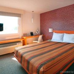 Отель City Express Junior Guadalajara Periférico Sur комната для гостей фото 2