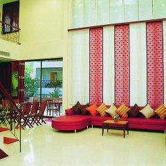 Отель Lomtalay Chalet Resort интерьер отеля