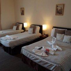 Отель Charlotte Guest House Лондон в номере фото 2