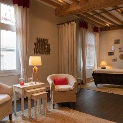 Отель The Originals Boutique, Hôtel Le Londres, Saumur (Qualys-Hotel) Франция, Сомюр - отзывы, цены и фото номеров - забронировать отель The Originals Boutique, Hôtel Le Londres, Saumur (Qualys-Hotel) онлайн комната для гостей фото 3