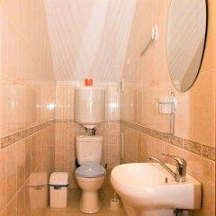 Гостиница Дим 2 в Коктебеле 5 отзывов об отеле, цены и фото номеров - забронировать гостиницу Дим 2 онлайн Коктебель ванная