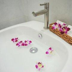 Отель My Anh 120 Saigon Hotel Вьетнам, Хошимин - отзывы, цены и фото номеров - забронировать отель My Anh 120 Saigon Hotel онлайн ванная фото 2