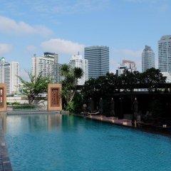 Oaks Bangkok Sathorn Hotel бассейн