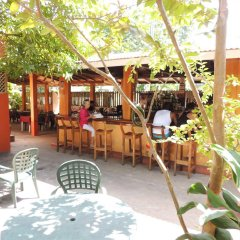 Sunrise Club Hotel Restaurant & Bar гостиничный бар