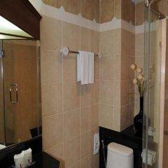 Отель Whitehouse Condotel Паттайя ванная фото 2