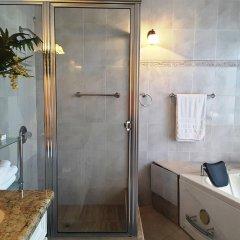 Отель Cazwin Villas Ямайка, Монтего-Бей - отзывы, цены и фото номеров - забронировать отель Cazwin Villas онлайн ванная