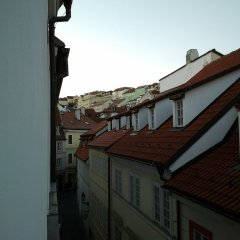 Апартаменты Prague Castle Questenberk Apartments балкон