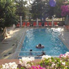 Myra Apart Hotel бассейн