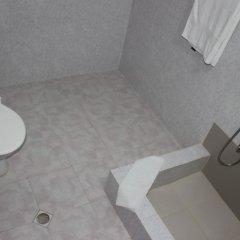 Отель Villa Vera Грузия, Тбилиси - 2 отзыва об отеле, цены и фото номеров - забронировать отель Villa Vera онлайн ванная фото 2
