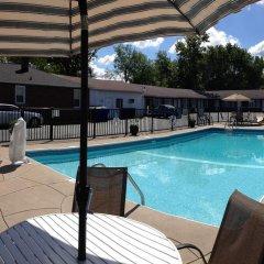 Отель Moonlite Motel США, Ниагара-Фолс - отзывы, цены и фото номеров - забронировать отель Moonlite Motel онлайн бассейн