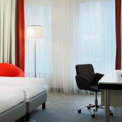 Отель Park Inn by Radisson Brussels Midi Бельгия, Брюссель - 5 отзывов об отеле, цены и фото номеров - забронировать отель Park Inn by Radisson Brussels Midi онлайн удобства в номере фото 2