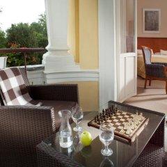 Отель Imperial Spa & Kurhotel Чехия, Франтишкови-Лазне - отзывы, цены и фото номеров - забронировать отель Imperial Spa & Kurhotel онлайн балкон