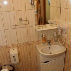 Гостиница Прага в Барнауле 1 отзыв об отеле, цены и фото номеров - забронировать гостиницу Прага онлайн Барнаул ванная