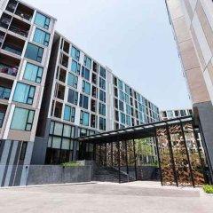Отель THE BASE Uptown By Favstay Таиланд, Пхукет - отзывы, цены и фото номеров - забронировать отель THE BASE Uptown By Favstay онлайн вид на фасад