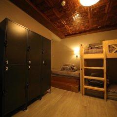 Stitches House - Hostel Сеул сейф в номере