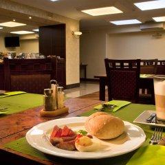 Отель Kobza Haus Польша, Гданьск - 1 отзыв об отеле, цены и фото номеров - забронировать отель Kobza Haus онлайн питание фото 2