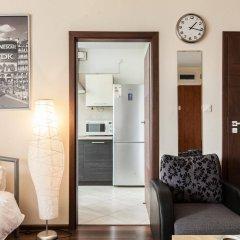 Отель Apartment4you Centrum 2 Варшава комната для гостей