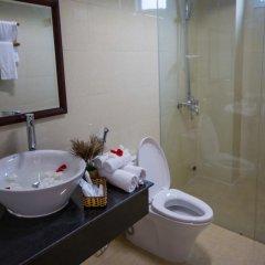 Отель Han Huyen Homestay Хойан ванная