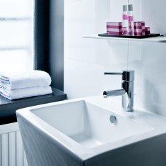 Отель Antin Trinité Франция, Париж - 10 отзывов об отеле, цены и фото номеров - забронировать отель Antin Trinité онлайн ванная