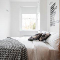 Отель The Notting Hill Nook - Bright & Quiet 2BDR Apartment Великобритания, Лондон - отзывы, цены и фото номеров - забронировать отель The Notting Hill Nook - Bright & Quiet 2BDR Apartment онлайн комната для гостей фото 3