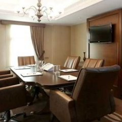 Отель Tiflis Palace в номере