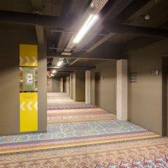 Отель Meininger Brussels City Center Брюссель интерьер отеля фото 2