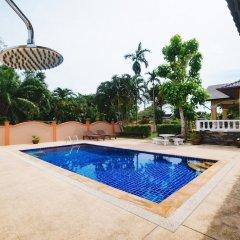 Отель 5 Bedrooms Pool Villa Behind Phuket Z00 Таиланд, Бухта Чалонг - отзывы, цены и фото номеров - забронировать отель 5 Bedrooms Pool Villa Behind Phuket Z00 онлайн бассейн