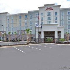Отель Hampton Inn & Suites Columbia/Southeast-Fort Jackson парковка
