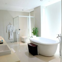 Отель One15 Marina Club Сингапур спа